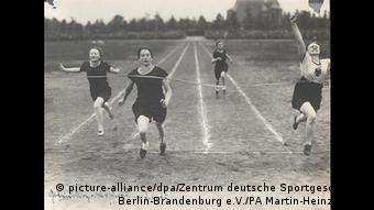 Lilli Henoch Copyright: picture-alliance/dpa/Zentrum deutsche Sportgeschichte Berlin-Brandenburg e.V./PA Martin-Heinz Ehlert.