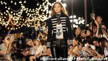 USA New York - Gigi Hadid Modelt für Tommy Hilfiger bei der New York Fashion Week