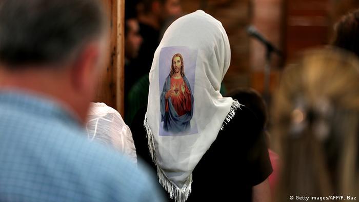 Frauen Gesichtsschleier Verschleierung im Christentum Libanon (Getty Images/AFP/P. Baz)