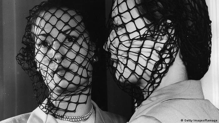 Frauen Gesichtsschleier Verschleierung Mode Hut Gesichtsschleier (Getty Images/Ramage)