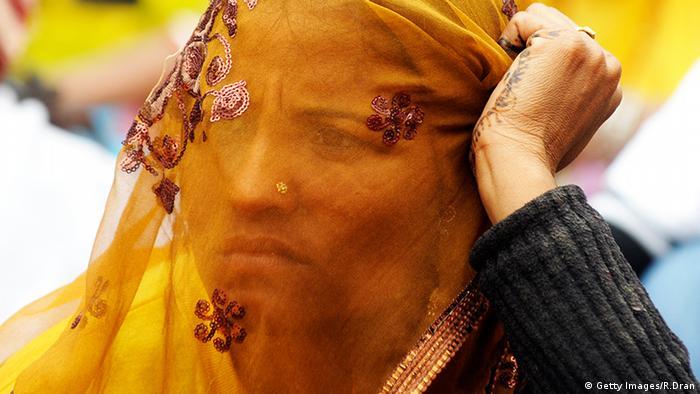 Frauen Gesichtsschleier Verschleierung Nepal (Getty Images/R.Dran)