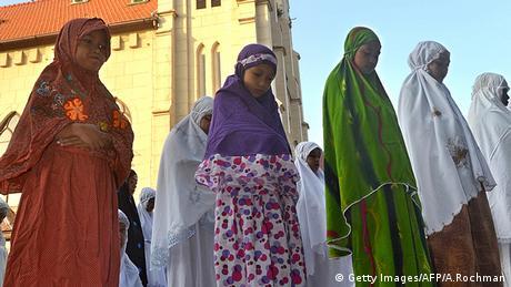 Frauen Gesichtsschleier Verschleierung Doa Daun Gebetskleidung Indonesien