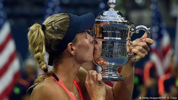 US Open 2016 Finale Angelique Kerber Jubel Pokal