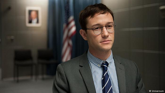 Film still from Oliver Stone' SNOWDEN (Photo: Universum)