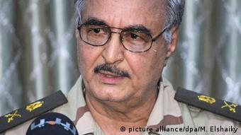 Libyen General Khalifa Haftar (picture alliance/dpa/M. Elshaiky)