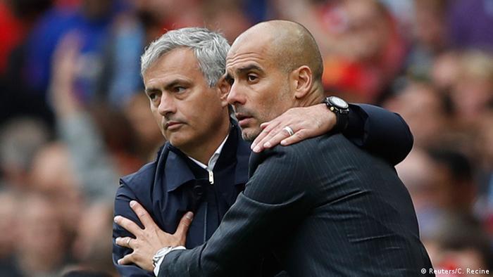 Großbritannien Manchester Fußball Premier League Trainer Mourinho und Guardiola