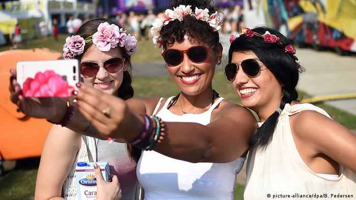Відвідувачки фестивалю Lollapalooza