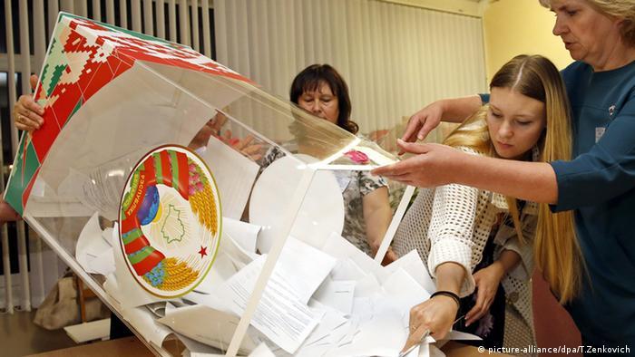 Minsk Belarus Wahlen Wahlurne Auszählung