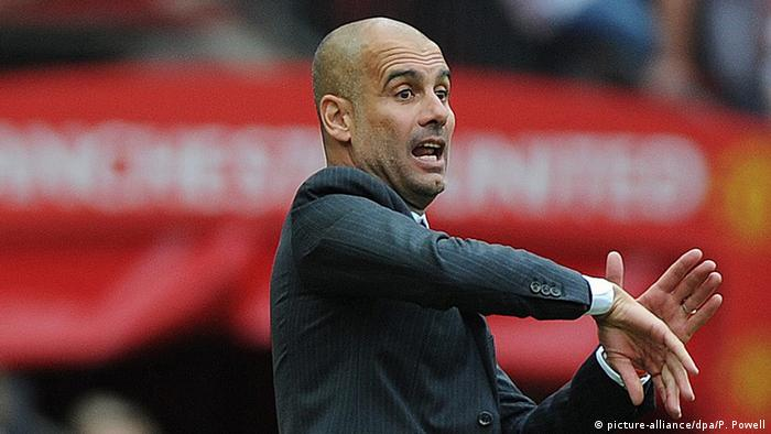 Fußball Manchester United - Manchester City Josep Guardiola (picture-alliance/dpa/P. Powell)
