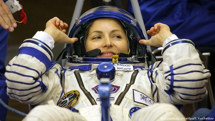Anousheh Ansari Erste Weltraumtouristin vor dem Start (picture-alliance/dpa/Y. Kochetkov)
