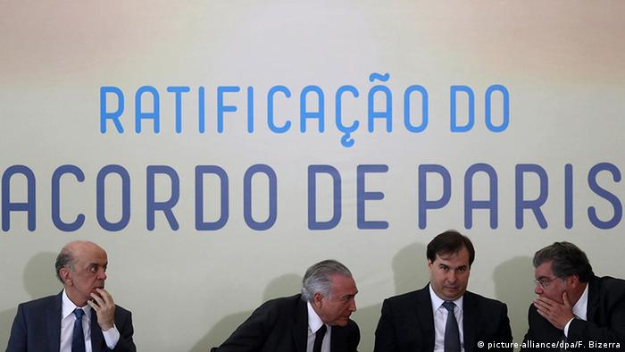Brazilien Parlament ratifiziert Pariser Klimavertrag (picture-alliance/dpa/F. Bizerra)