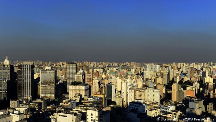 Polución en Sao Paulo (picture-alliance/ZUMA Press/C. Faga)