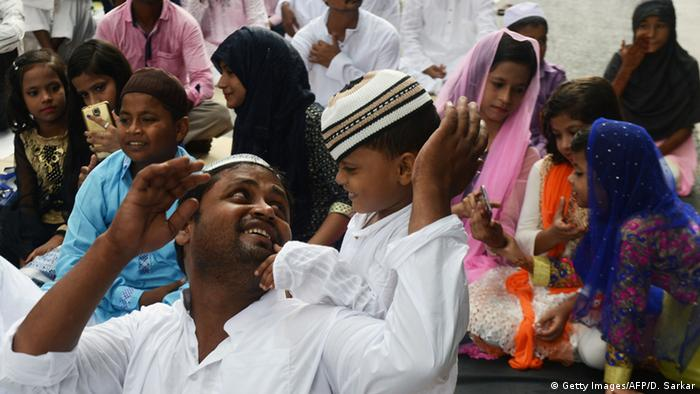 Eid al-Adha Islamisches Opferfest in Kalkutta (Getty Images/AFP/D. Sarkar)