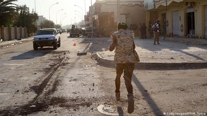 Lybien GNA-Truppen einem Schlacht gegen dem IS