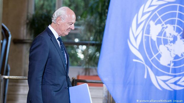 Schweiz Syrien-Waffenstillstand UN-Sondergesandter Staffan de Mistura (picture-alliance/Xinhua/X. Jinquan)