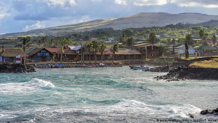 Puerto de pescadores de Hanga Roa, en la Isla de Pascua.