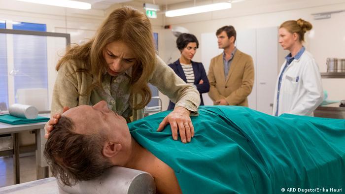 Scenarij za krimić iz Splita napisan je po špranci domaćeg Tatorta - s pokojim hrvatskim glumcem i glumicom u sporednim ulogama (na slici Alma Prica)