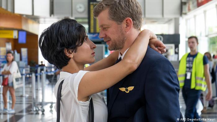 Branka i njezin dečko, pilot Kai