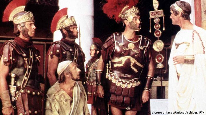 A scene from 1979's Life of Brian (picture-alliance/United Archives/IFTN)