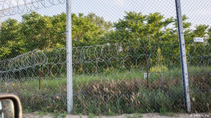 Hungary's border fence to Serbia