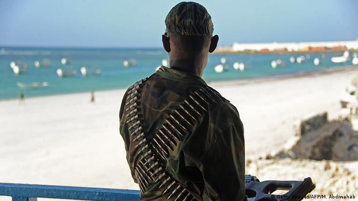 A Somali soldia on Lido Beach in Mogadischu Copyright: Getty Images/AFP/M. Abdiwahab