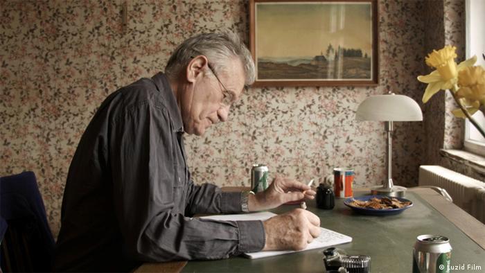 Filmstill aus ' Rudolf Thome - Überall Blumen' Dokumentation (Foto: LUZID FILM)