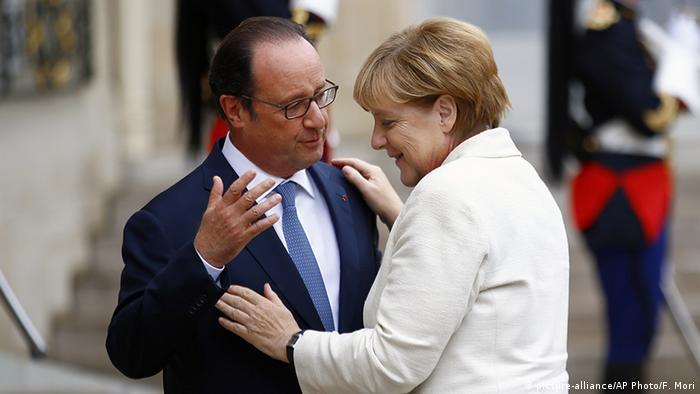 Frankreich Paris Präsident Hollande und Kanzlerin Merkel
