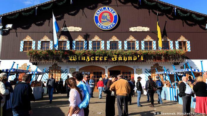 Zelt-Guide für das Oktoberfest Bierzelt Festzelt Winzerer Faehndl