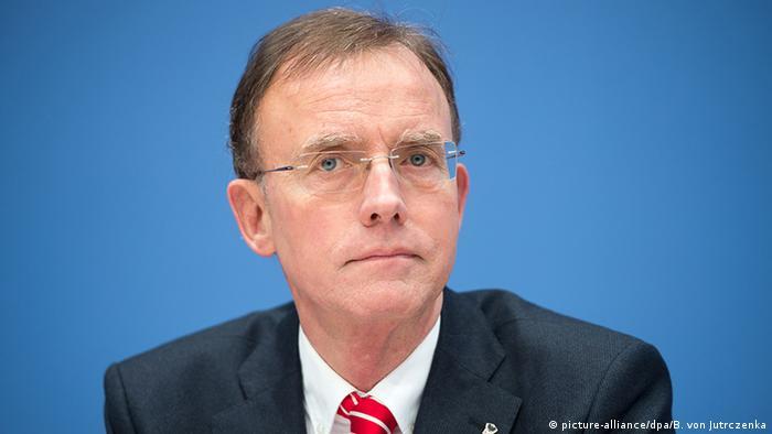 Deutschland Gerd Landsberg Deutscher Städte- und Gemeindebund (picture-alliance/dpa/B. von Jutrczenka)