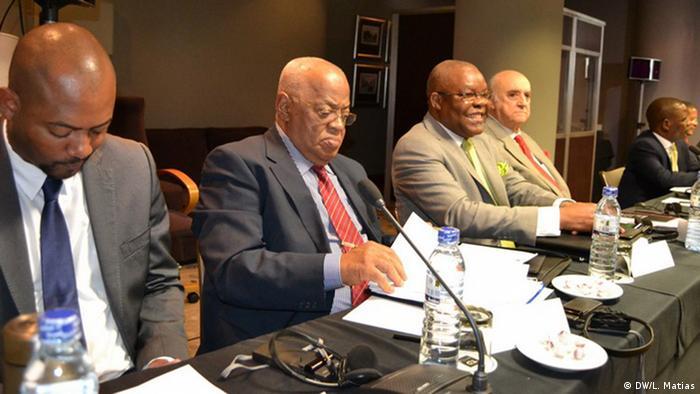 Mosambik Friedensverhandlungen in Maputo (DW/L. Matias)