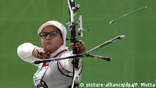 15 September 2016. The Iranian athlete, Zahra Nemati during shooting playoffs with bow held in Sambodromo, the center of Rio de Janeiro, southeastern Brazil, on 15 September 2016. Zahra competed at the Olympics and is now vying for Paralimpiada 2016. Photo: FABIO MOTTA/ESTADAO CONTEUDO (c) picture-alliance/dpa/F. Motta