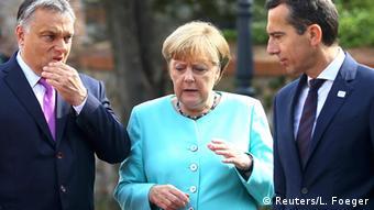Slowakei EU Gipfel in Bratislava Merkel mit Orban und Kern