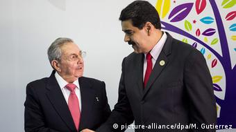 Raúl Castro con Nicolás Maduro. (17.09.2017).