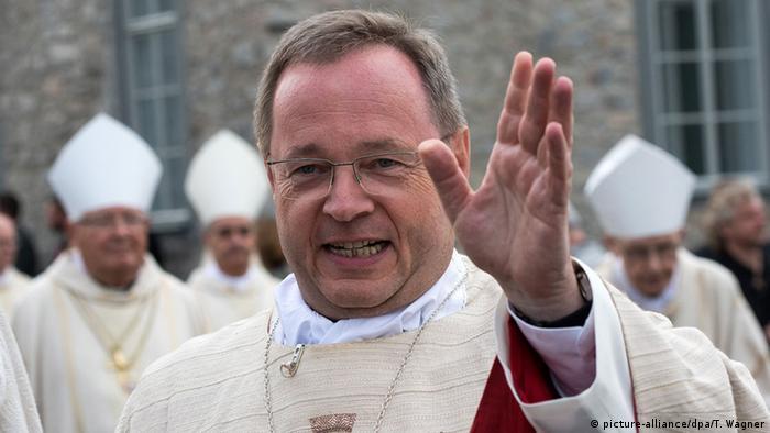 Przewodniczący Konferencji Biskupów Niemiec Georg Bätzing krytykuje w koronakryzysie wyznawców teorii spiskowych