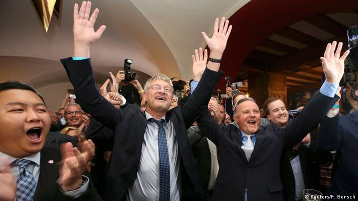 Ликование правых популистов АдГ в Берлине