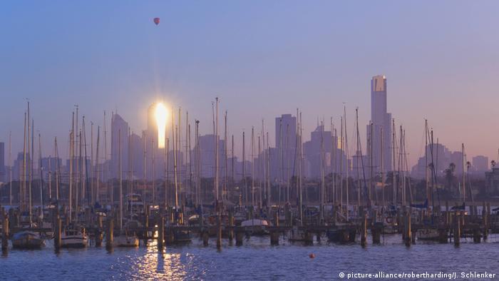 Australien Melbourne Hafen (picture-alliance/robertharding/J. Schlenker)