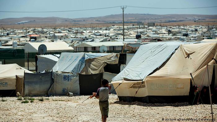 مخيم الزعتري للاجئين السوريين في الأردن.