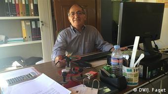 «Πριν από 50 χρόνια η Πορτογαλία ήταν ένας από τους μεγαλύτερους παραγωγούς ρετσινιού στον κόσμο», εξηγεί ο Χιλάριο Κόστα, πρόεδρος του Συνδέσμου Παραγωγών Ρετσινιού Resipinus