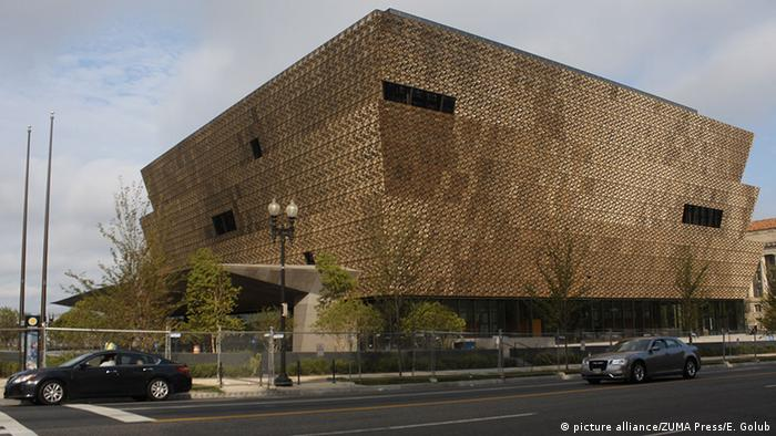 The Smithsonian's National Museum of African American History and Culture in Washington, DC, Copyright: picture alliance/ZUMA Press/E. Golub