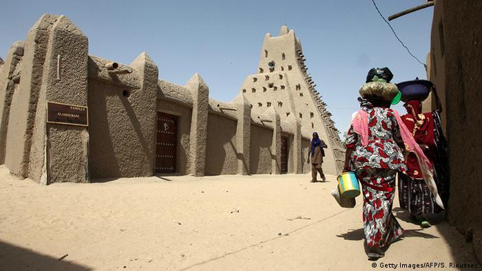 Mali restaurierte Moschee in Timbuktu