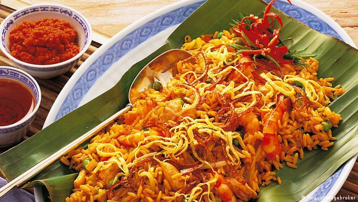 Indonesien - Reisgericht Nasi Goreng (Imago/imagebroker)