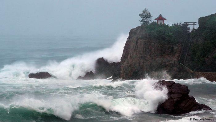 Japan Taifun Malakas (Reuters/Kyodo)