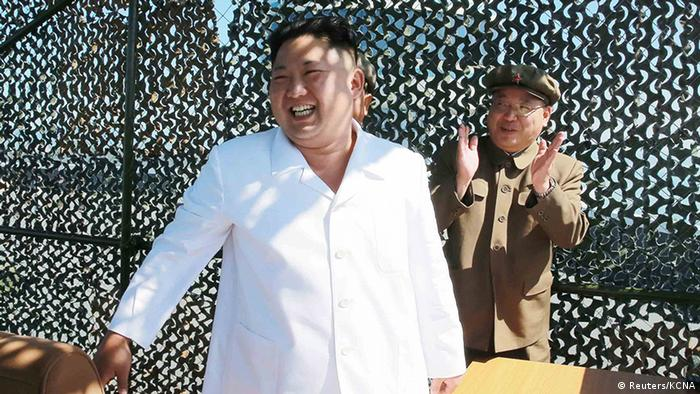 Nordkorea testet Antrieb für Satellitenrakete Kim Jung Un (Reuters/KCNA)