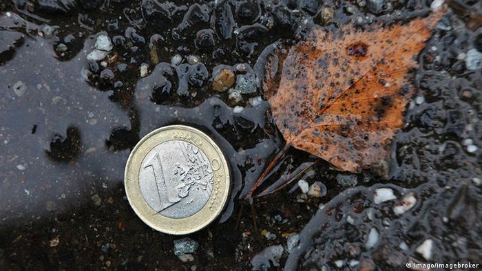 Euro Münze auf der Straße Foto: Symbolbild (Foto: Imago/imagebroker)