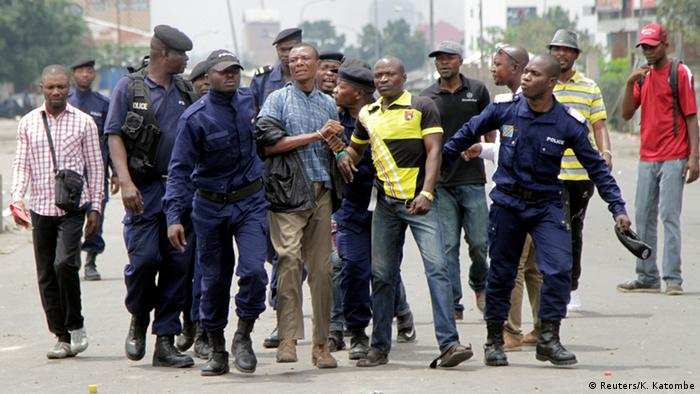 Demokratische Republik Kongo - Ausschreitungen in Kinshasa (Reuters/K. Katombe)