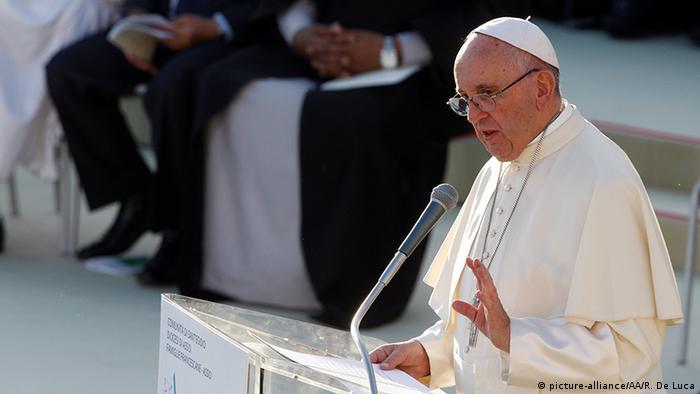 Italien Assisi Heiliger Konvent Papst Franziskus (picture-alliance/AA/R. De Luca)