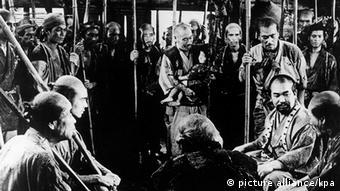 Film Akira Kurosawa Die sieben Samurai (picture alliance/kpa)