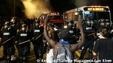 USA Polizei erschießt Afro-Amerikaner in North Carolina - Proteste