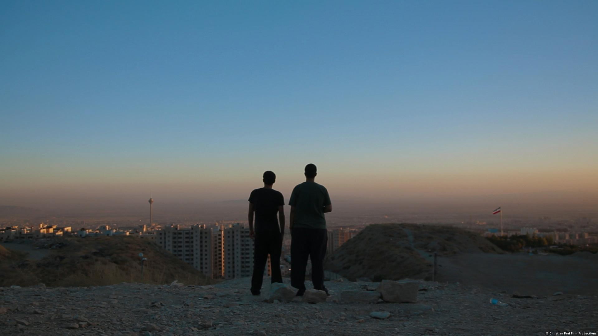 Film still from Raving Iran by Susanne Regina Meures, Copyright: Christian Frei Film Productions