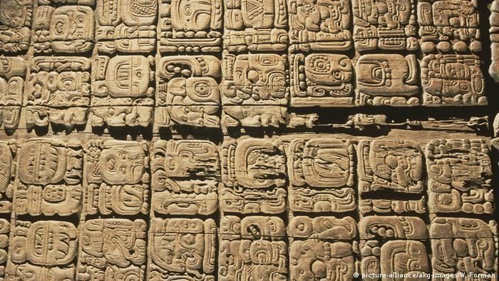 Guatemala Tikal Maya-Kultur Hieroglyphen.
